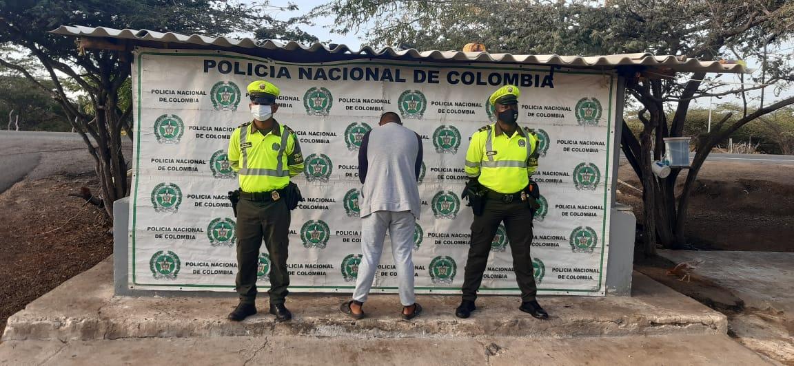 Cinco personas capturadas en diferentes vías de La Guajira