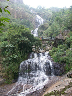 น้ำตกซิลเวอร์ (Silver Waterfall: Thac Bac) @ www.sapa-tour.net