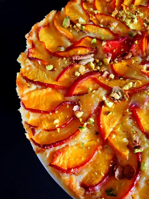 Tarta de nectarinas