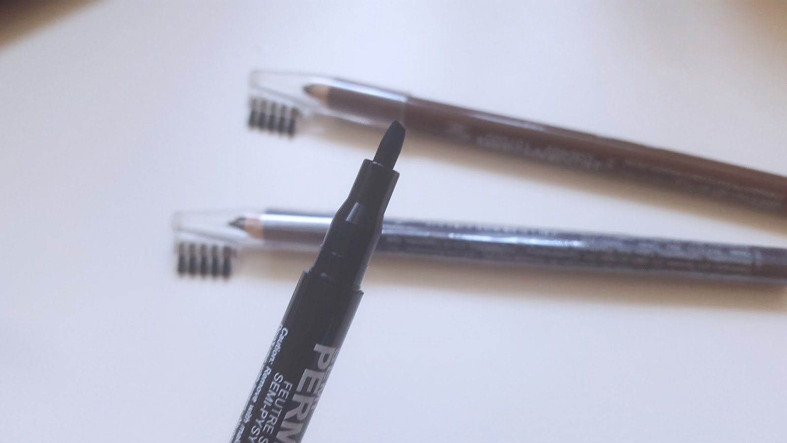 Stargazer Semi Permanent Eyebrow Pen in Brown