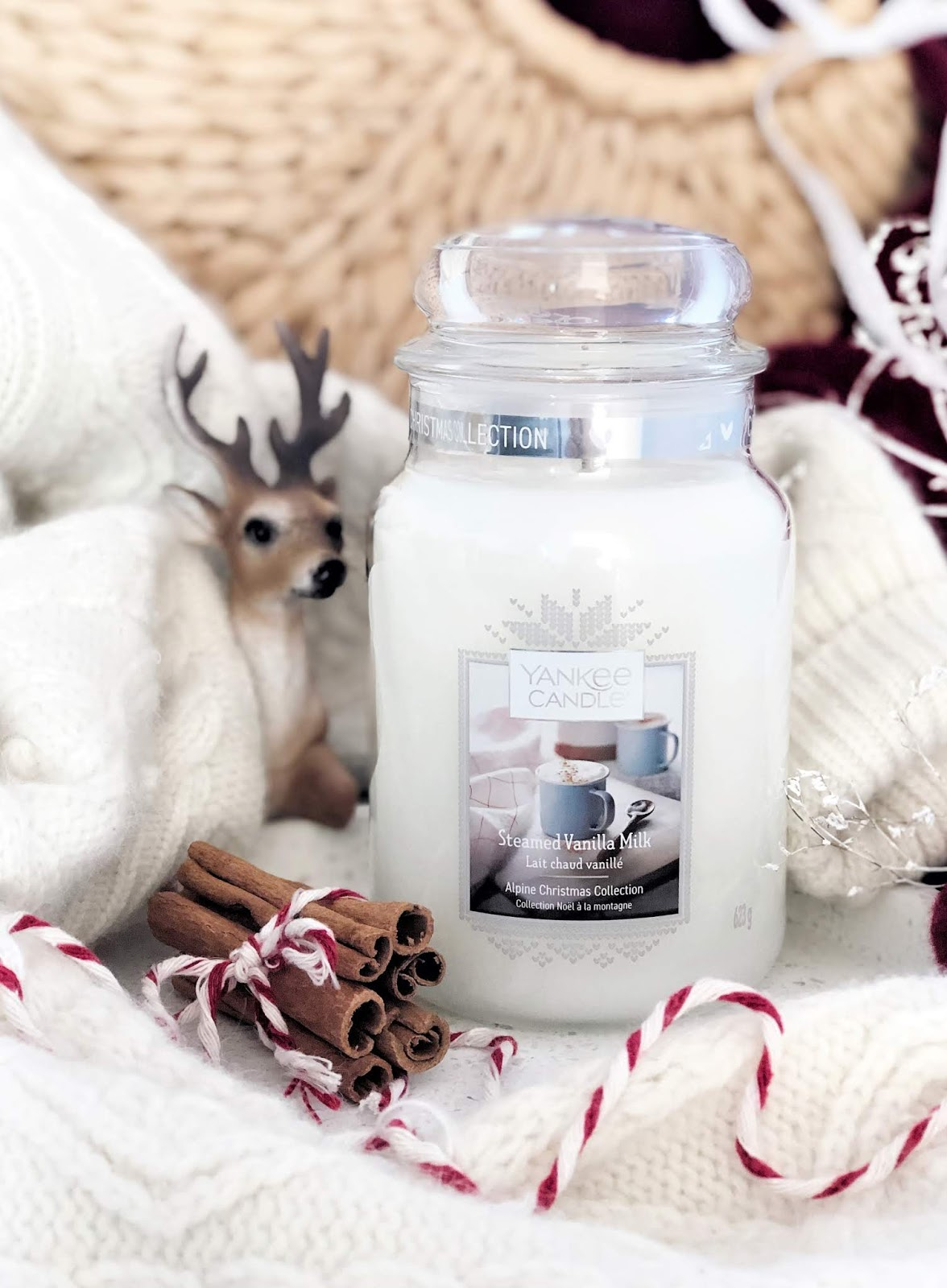 Alpine-Christmas-Yankee-Candle-Steamed-Vanilla-Milk