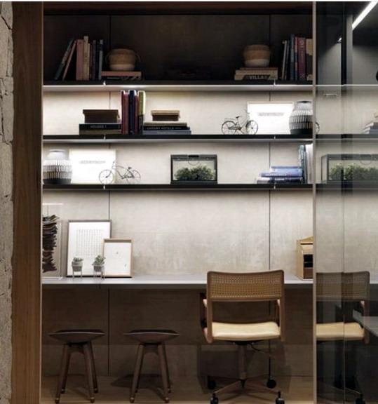interior rumah modern di ruang sempit