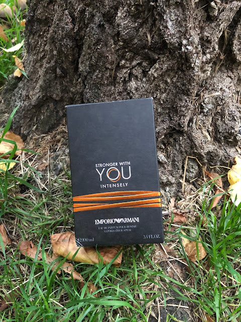 Obal parfému Armani Stronger With You Intensively