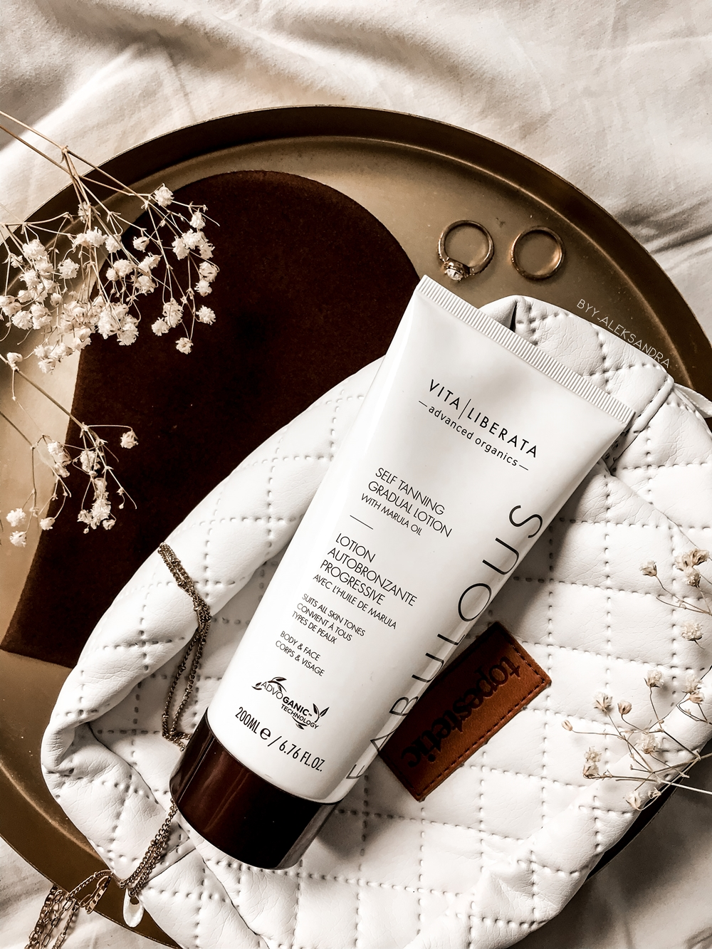 Vita Liberata, Self tanning gradual lotion - balsam samoopalający | Topestetic
