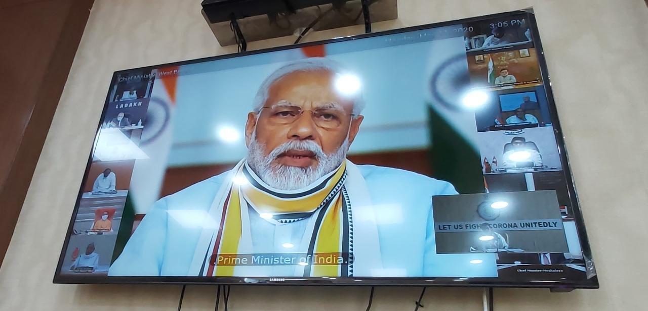 PM नरेन्द्र मोदी राज्य के मुख्यमंत्रियों के साथ वीडियो कॉन्फ्रेंसिग में ट्रेन सेवा शुरू करने पर तेलंगाना ने किया विरोध