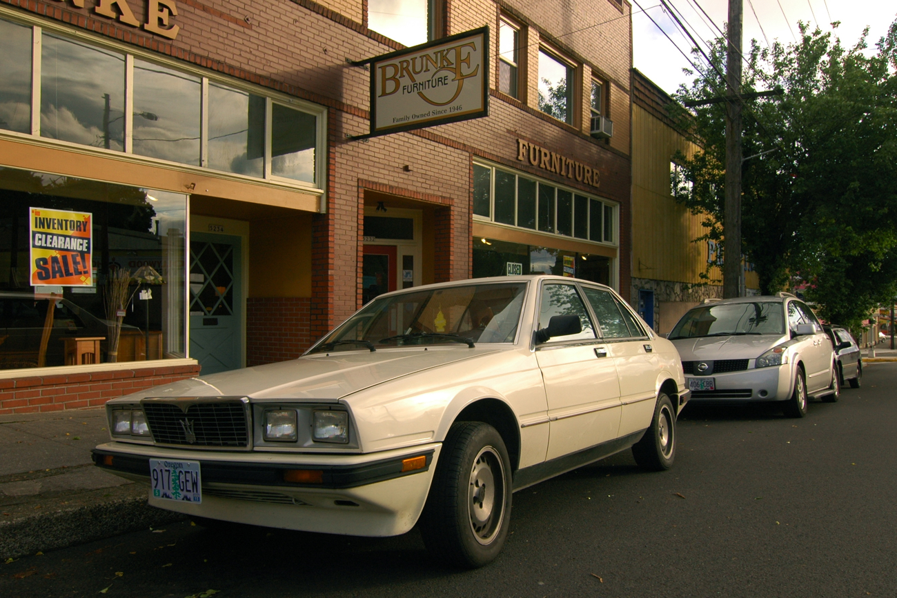 OLD PARKED CARS.: 1985 Maserati 425 Biturbo.