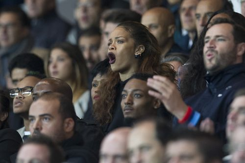 Rihanna Sexy performance at football