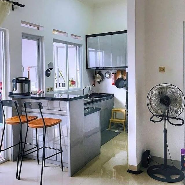 Desain Dapur Minimalis Modern Dengan Mini Bar Terbaru