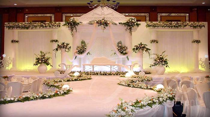Stage decoration wedding reception and venue decoration in dubai flower decoration stage decoration reception stage mantap decoration palki bollywood dancers mehendi dhol photography menwomen dj male female junglespirit Gallery