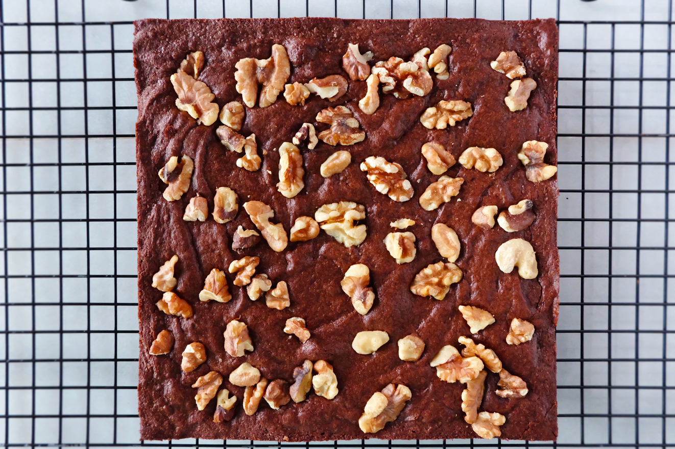 chewy brownies with walnuts