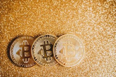 Tesla motors correlation with bitcoin