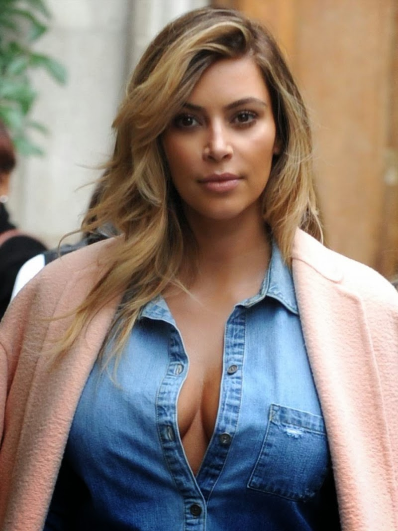 Fashion Amp Fok Kim Kardashian Cleavage Candids In Paris