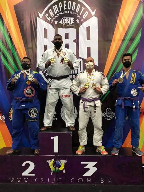 Atletas da Academia Cícero Costha - Fábio Dall Acqua conquistam Medalhas no Brasileiro de Jiu Jitsu