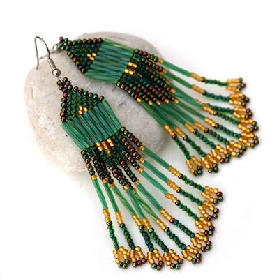 стильные длинные серьги зеленые с золотым красивые сережки купить