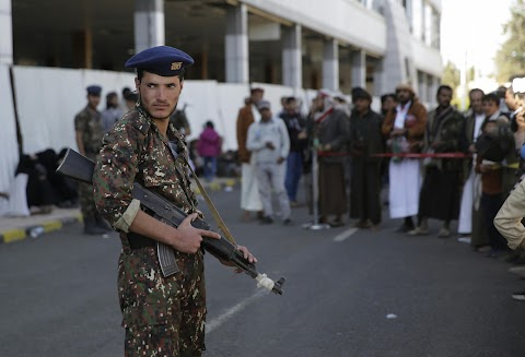 Többtucatnyian megsérültek és legalább heten meghaltak egy jemeni robbanásban
