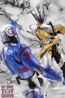 S.H. Figuarts Kamen Rider Thouser 48