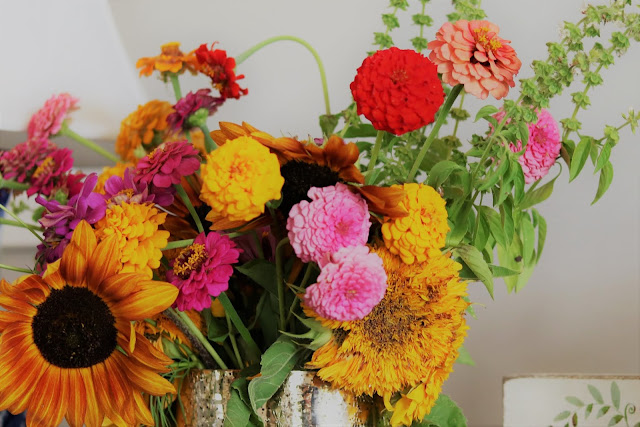 Summer-home-tour-decorating-homemaking-floral-farmstyle-athomewithjemma