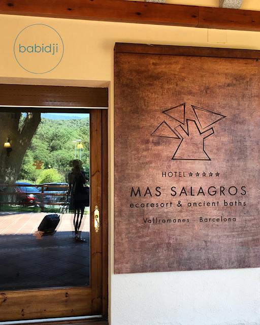 entrée de l'ecoresort 5 étoiles de Barcelone : le Mas Salagros