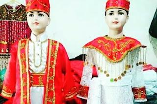 Baju Maluku Cele
