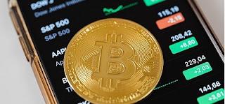 Bitcoins: saiba como fazer uma análise técnica de variação de preço