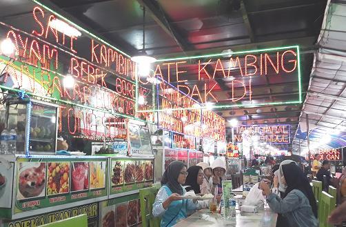 Kuliner Simpang Lima Semarang