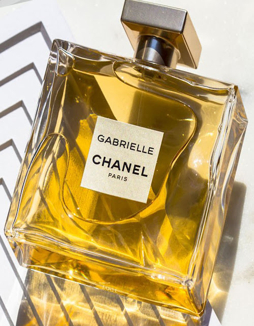 Парфюмированная вода Gabrielle Chanel (приятный подарочный совет на праздники)