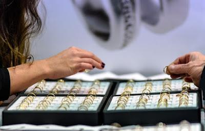 الذهب,سعر الذهب اليوم في المانيا,10000 يورو,كمية الذهب المسموح السفر بها من ألمانيا,تاكسي تحت الطلب,وزن الذهب المسموح في المطار ألمانيا,سعر غرام الذهب في النمسا اليوم عيار21,أسعار الذهب في ألمانيا, سعر الذهب في النمسا عيار 21,اسعار الذهب في النمسا اليوم,سعر الذهب في المانيا اليوم,غرام الذهب في النمسا,الذهب في النمسا,سعر ذهب في نمسا,سعر غرام الذهب في المانيا,سعر غرام الذهب في النمسا,سعر الذهب في النمسا,اسعار الذهب في المانيا,كم جرام ذهب مسموح في السفر الى ألمانيا,الحد المسموح للسفر باليورو,سعر الذهب في ألمانيا بيع وشراء اليوم,كمية الذهب المسموح بها للمسافرين,اسعار الذهب اليوم في النمسا,سعر الذهب اليوم في النمسا,سعر الذهب في المانيا,اسعار الذهب في النمسا,