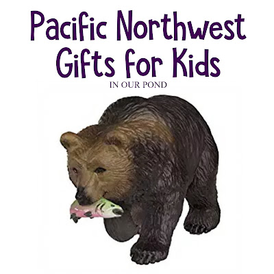 Nature-Themed Pacific Northwest Gifts for Kids // In Our Pond // Washington and Oregon // Camping // Hiking // Books about Native American legends, the animals of the Pacific Northwest, field guides for kids, and more // Camping Supplies Ideas