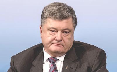 """Порошенко відмовився бути """"батьком нації"""" і йде в депутати"""