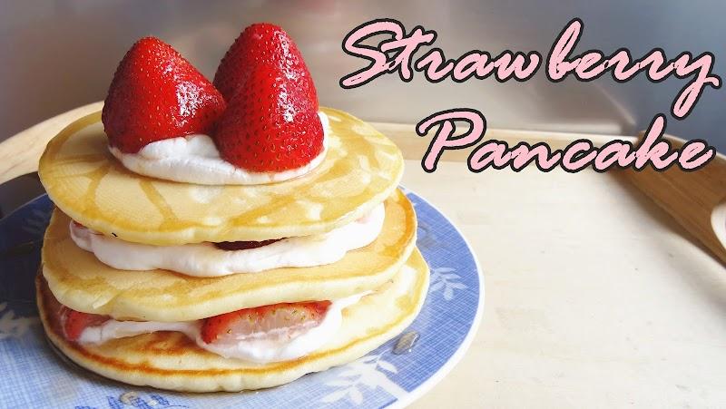 Strawberry Pancake 士多啤梨鬆餅