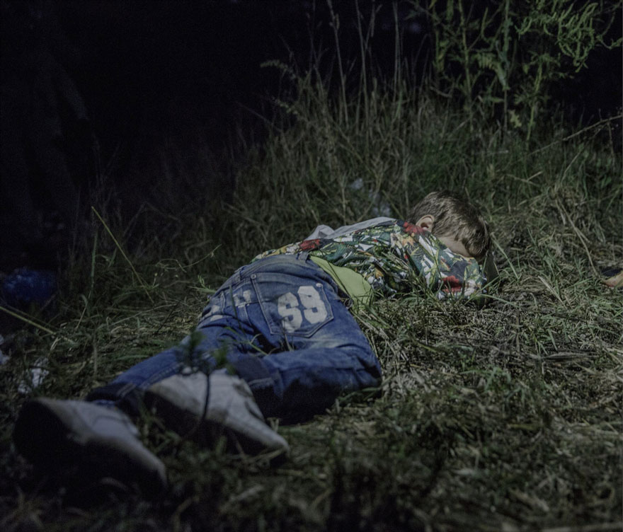 Photographer Reveals The Heartbreaking Places Syrian Refugee Children Sleep - Ahmed, 6 years old, Horgos, Serbia