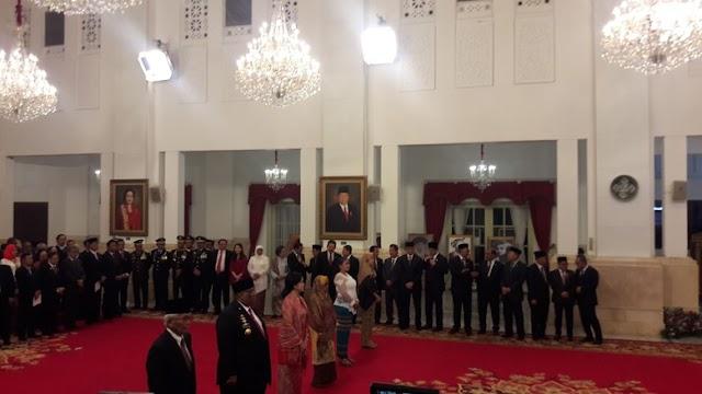 Oputa Yi Koo Resmi Bergelar Pahlawan Nasional