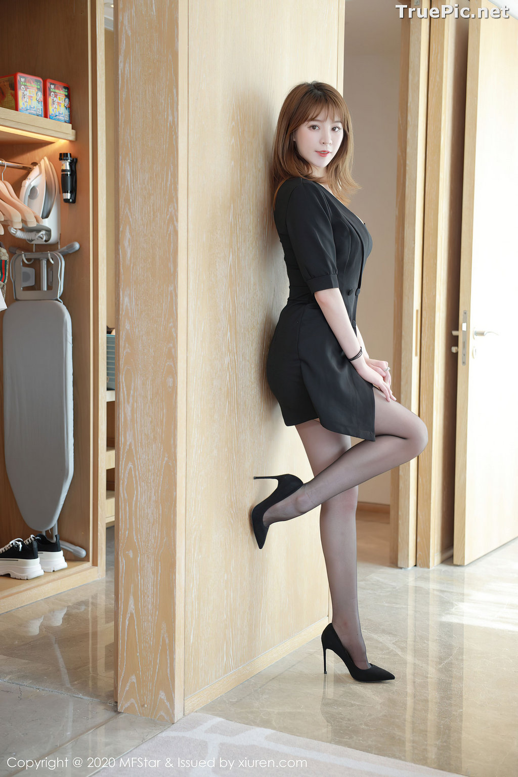 Image MFStar Vol.405 - Chinese Model - Yoo优优 - Hot Woman in Black - TruePic.net - Picture-7