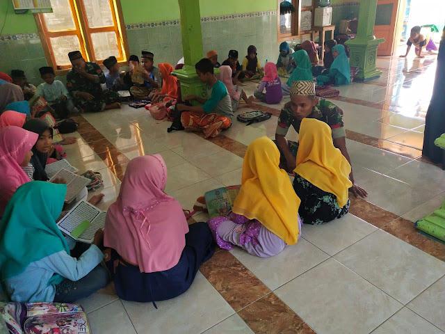 Rangkul Generasi Muda, Prajurit Armed 12  Kostrad Mengajar Ngaji