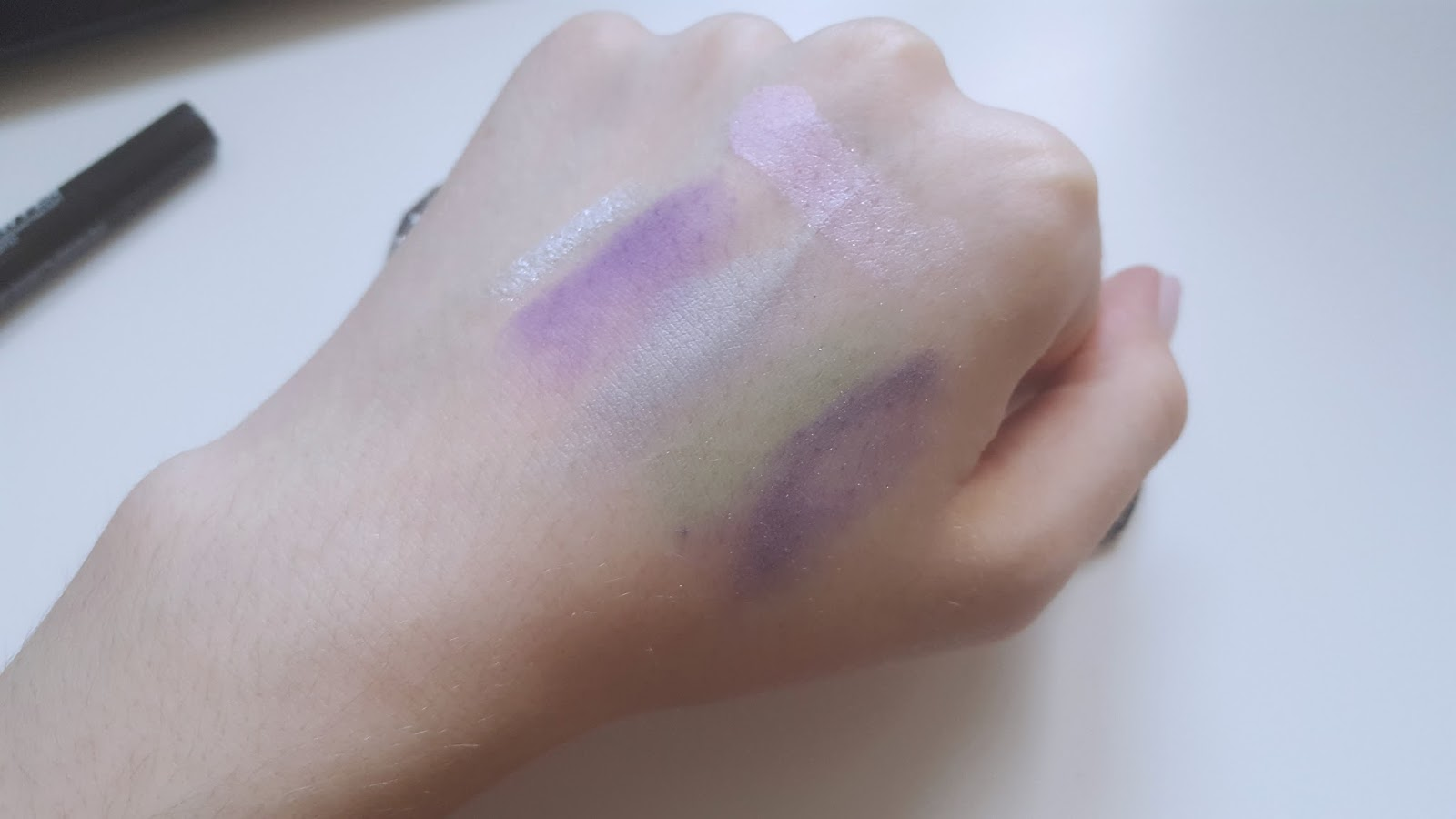 Stargazer Eyeshadows Swatch Sparkle Purple Dusty Sky Soft Candy Sparkle Green Soft Violet Eyeshadow Pen Sparkle