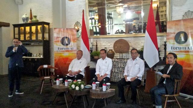 Jokowi Mengaku Bosan dengan Menteri Basuki dan Budi Karya, Kenapa?
