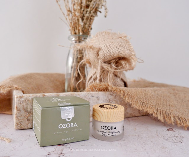 Review Ozora Essential Brightening Day Cream
