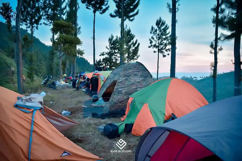 Camping spot Waru Doyong Brebes - Foto by Zaenal Studio Blok M