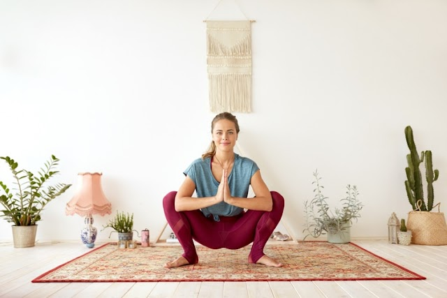 Chill Out and De-stress with this Yoga Routine for Beginners