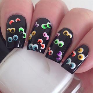 uñas halloween ojos de colores