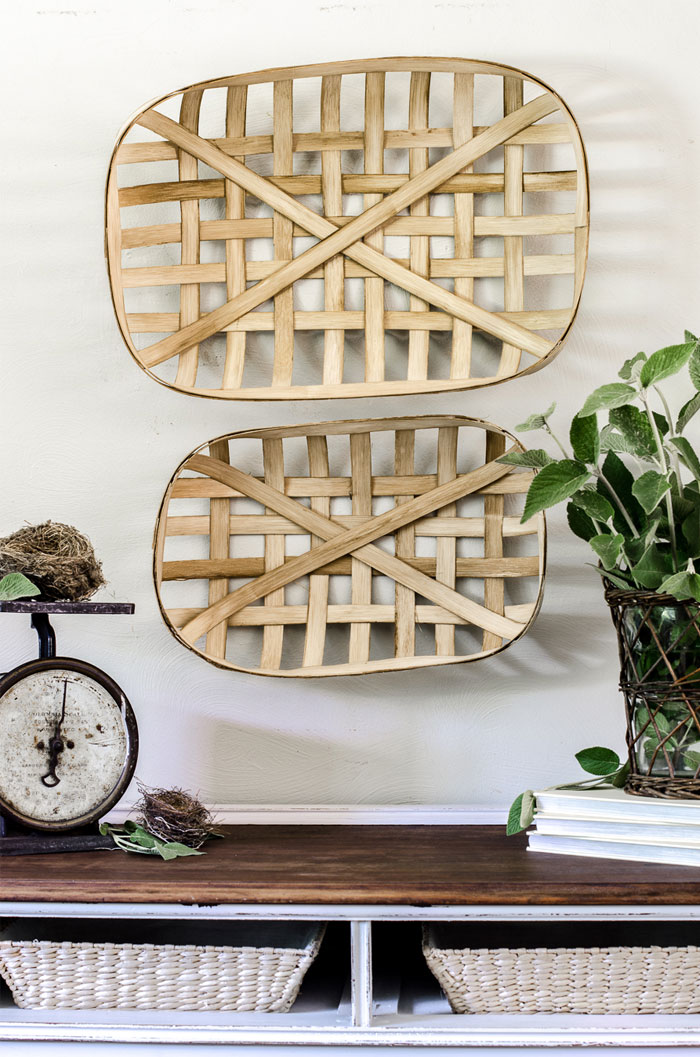DIY Tobacco baskets on wall