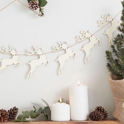 Reindeer bunting