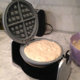 click here to see the oster duraceramic waffle iron on amazon and read more customer reviews