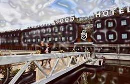 This floating Good hotel of London provides visitors the views of the astounding Thames River together with a community soul, by offering employment to the indigenous jobless people and welcoming visitors to rest in the spacious rooms. Imagine of a real citadel of cycled fittings and fixtures offering visitors huge head phones with free iPods together with forks and plates full of chips and okra.