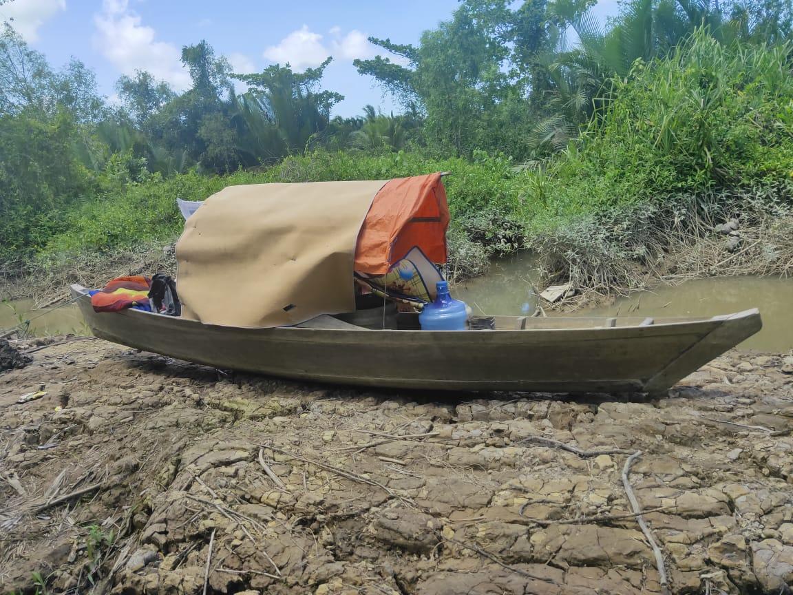 Heboh..!!! Warga Desa Teluk Majelis Temukan Perahu Tak Bertuan