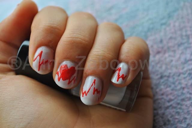 wzorki na walentnynki na paznokciach