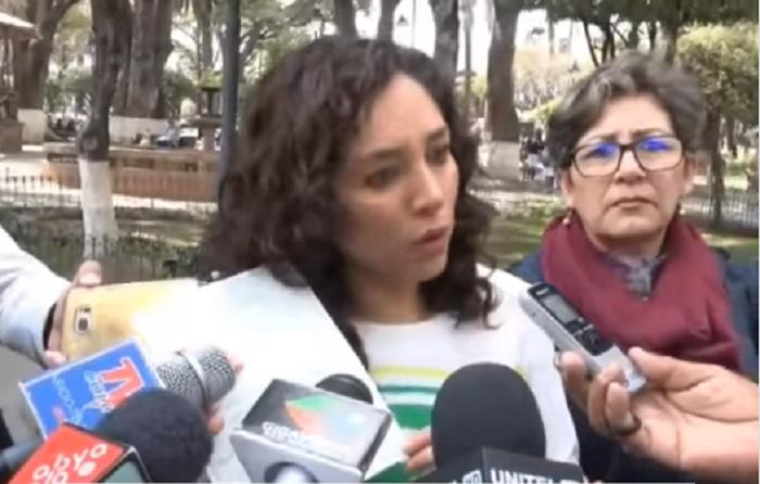 Ugarte mostró el certificado original de su hija y desmintió al candidato a diputado de UCS / CAPTURA PANTALLA