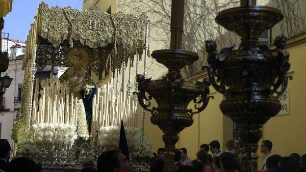 La Hermandad de la Sed de Sevilla ha sufrido un robo de joyas y piezas de gran valor