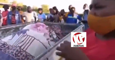 Man Gets Stuck With A Married Woman During Sekz (Watch Video)