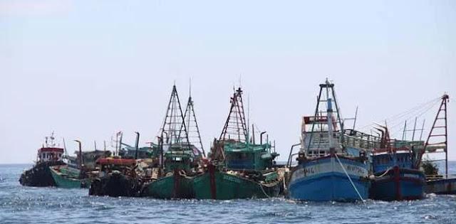 Ricuh Klaim Natuna, Ternyata Ada 1000 Kapal Asing Lewat Setiap Harinya.